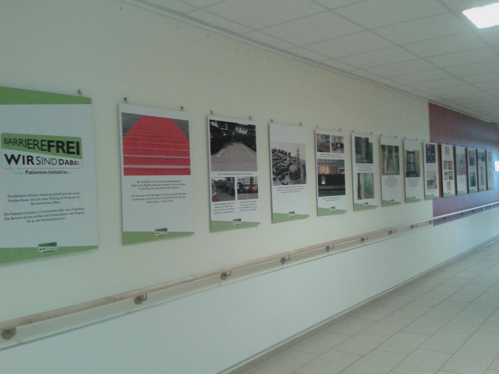 Foto der Ausstellung in der AKH