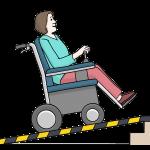 Eine Frau fährt mit ihrem Rollstuhl eine Rampe hoch. Illustrationen: © Lebenshilfe für Menschen mit geistiger Behinderung Bremen e.V., Illustrator Stefan Albers, Atelier Fleetinsel, 2013